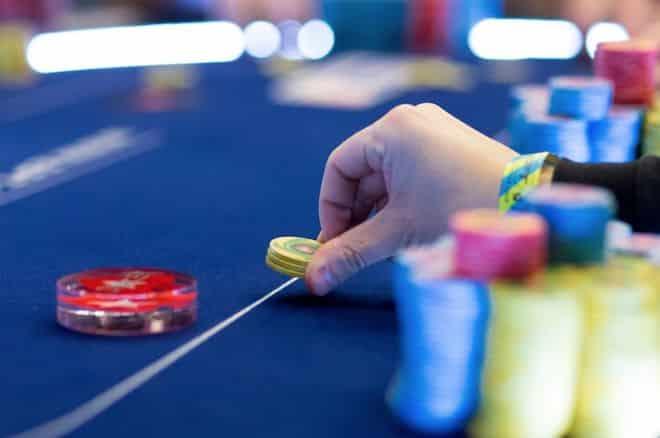 cách chơi bài poker Việt Nam